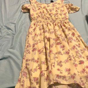 Pretty Yellow dress (10-12)
